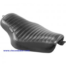 ASIENTO STREAKER PLEATED PARA 04-06 XL Y 10-18 XL